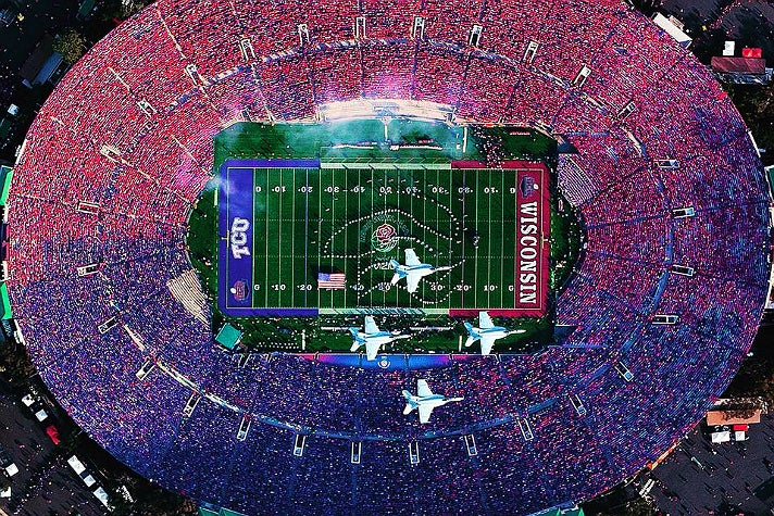 Aerial view of the 2011 Rose Bowl Game