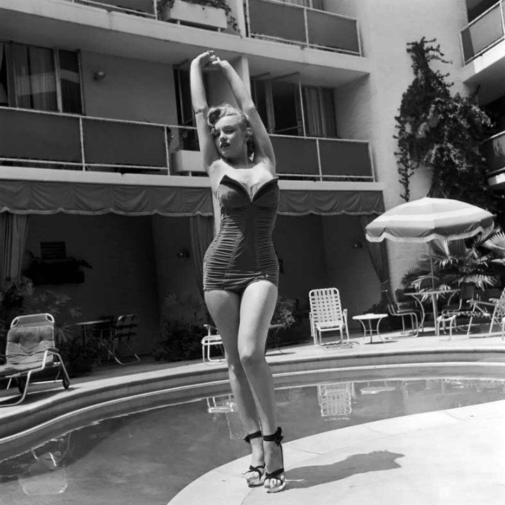Marilyn Monroe at the Beverly Carlton Hotel, 1951